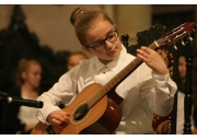 Muzyczne życzenia uczniów Szkoły Muzycznej